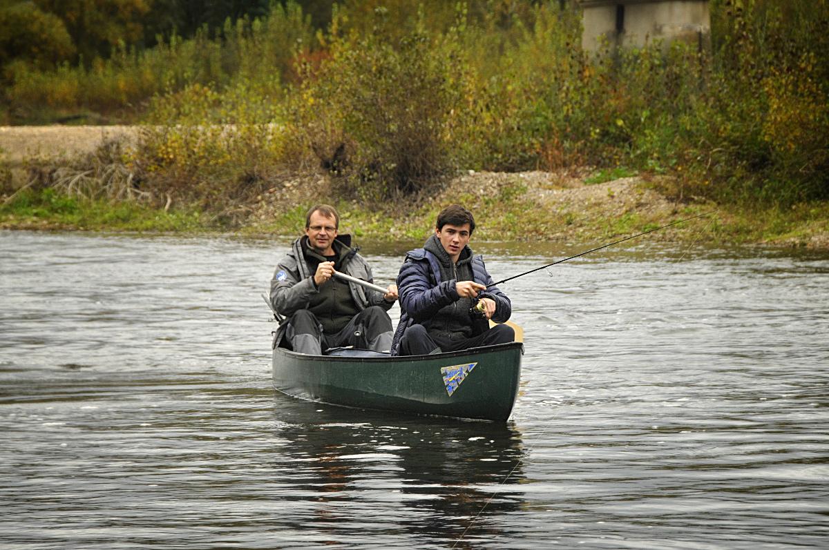 Pêche en canoë l'automne