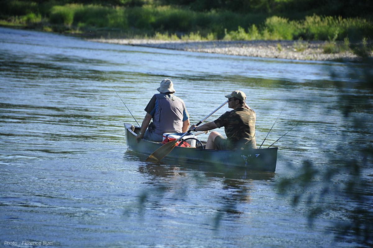 Manu Bizel, guide de pêche en canoë
