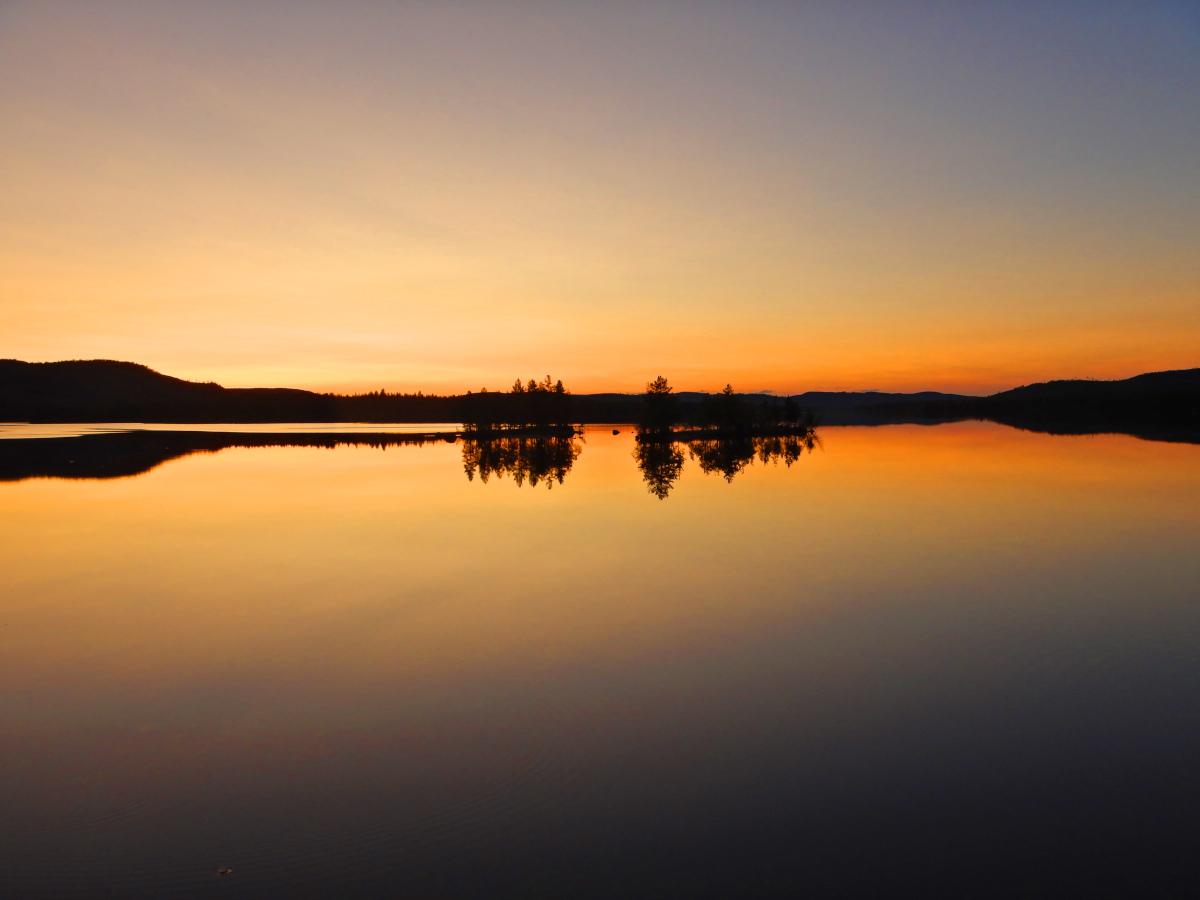 Séjour de pêche en Laponie, la nuit