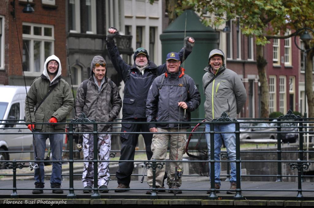 Sauvez les moniteurs guides de pêche